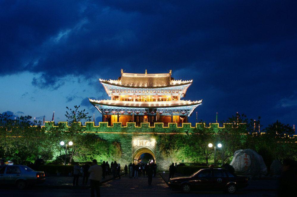 七月份去大理丽江旅游合适吗-据说七月是云南的雨季。这时候去云南旅游合适