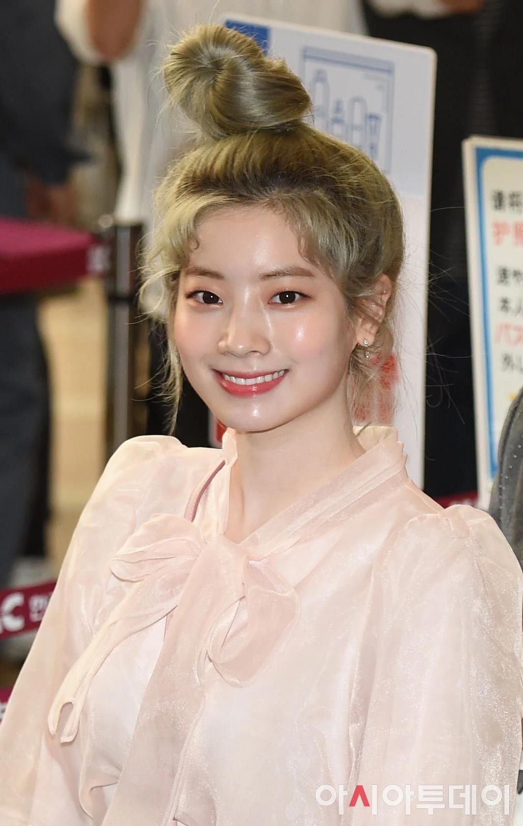 """这8位拥有""""陶瓷皮肤""""的韩国女偶像,让粉丝超羡慕插图10"""