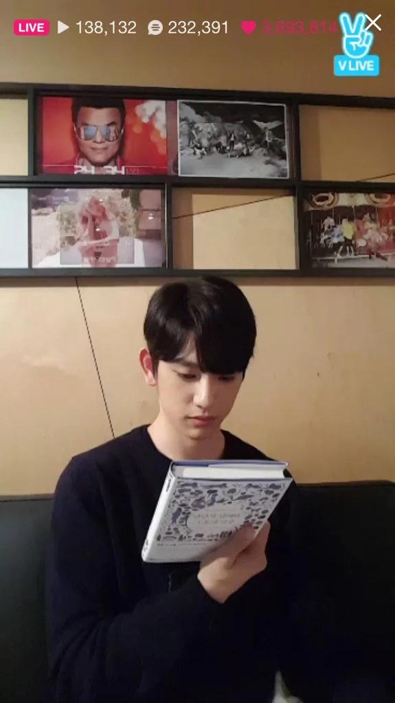 跟着偶像一起读书!韩国偶像推荐的这7本书,每一本都值得收藏!插图(5)