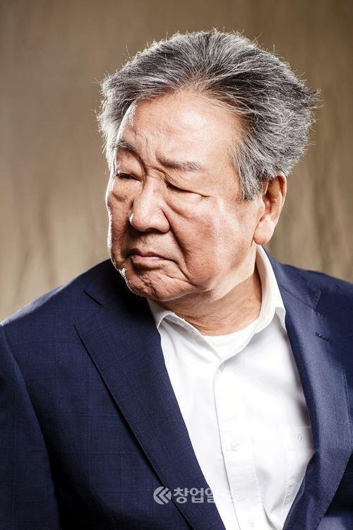 2020韩国人最喜欢明星调查,这位主持人再次力压防弹少年团、IU拿下冠军!插图7