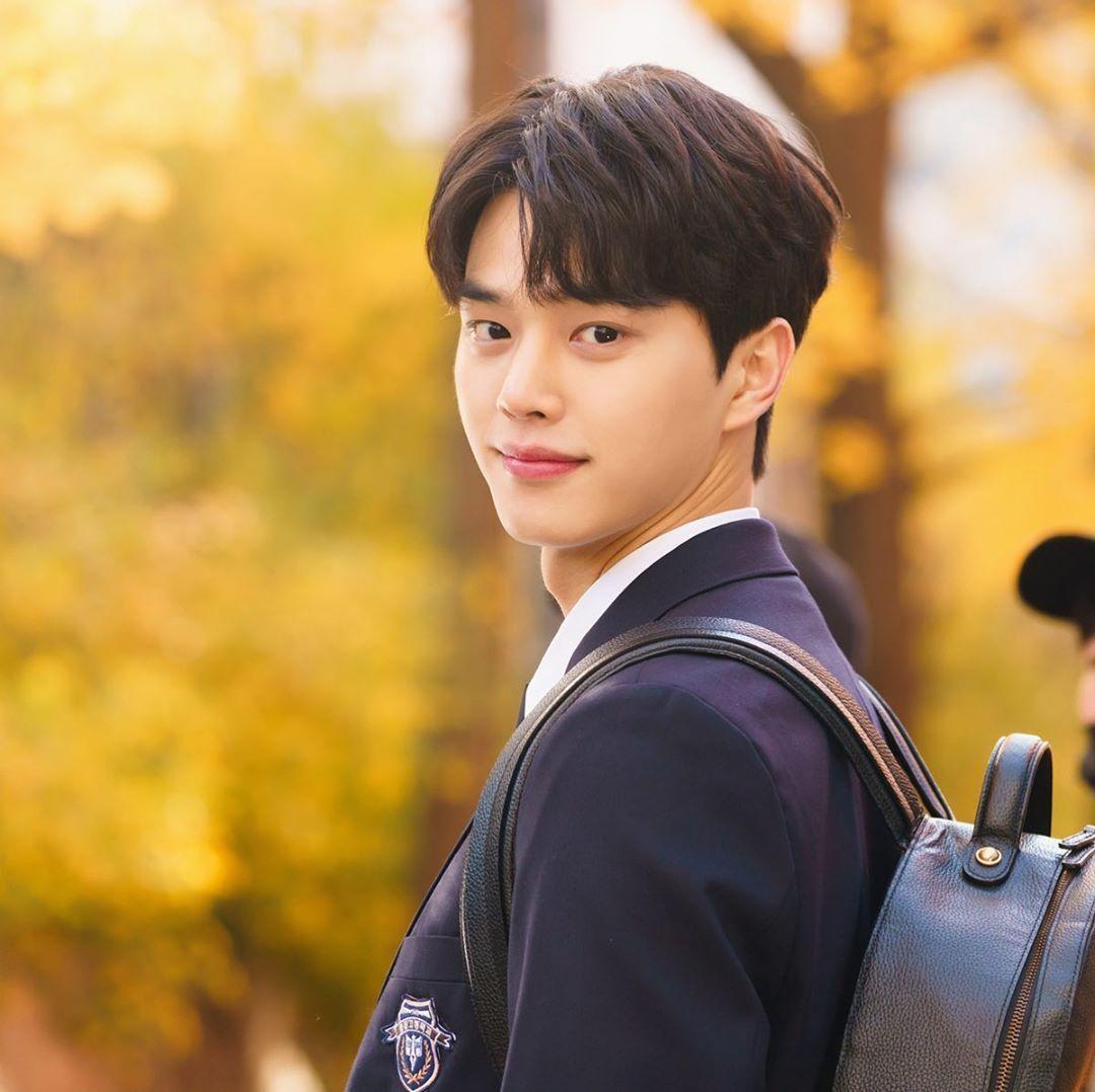 《甜蜜家园》男主宋康将出演三部漫改新剧,网友大呼:韩国「漫改小王子」插图2