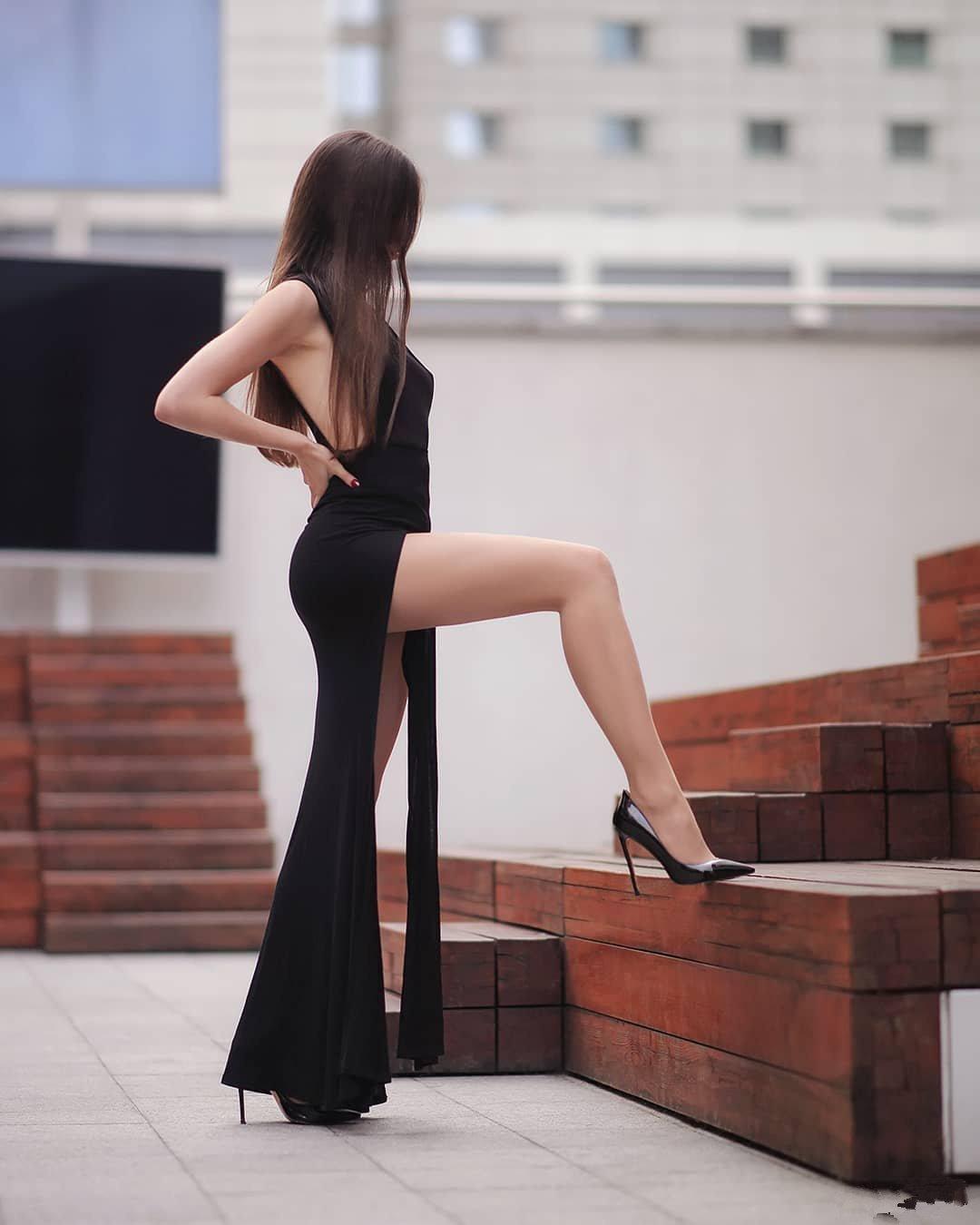性感美女图片 一袭黑色撩动我心