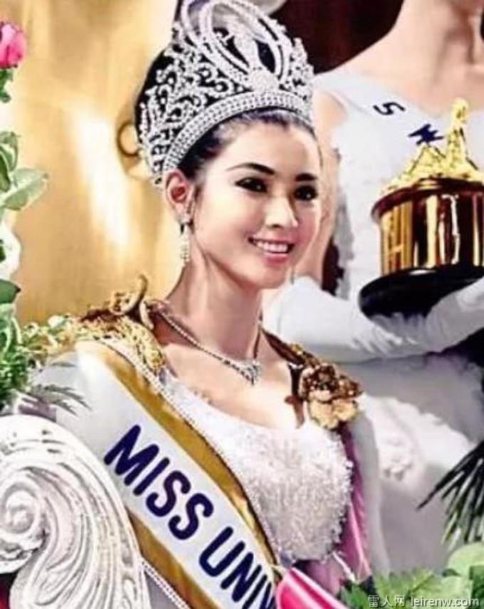 泰国超狂「美魔女」金第五百九十四贤重近况看著何林笑道
