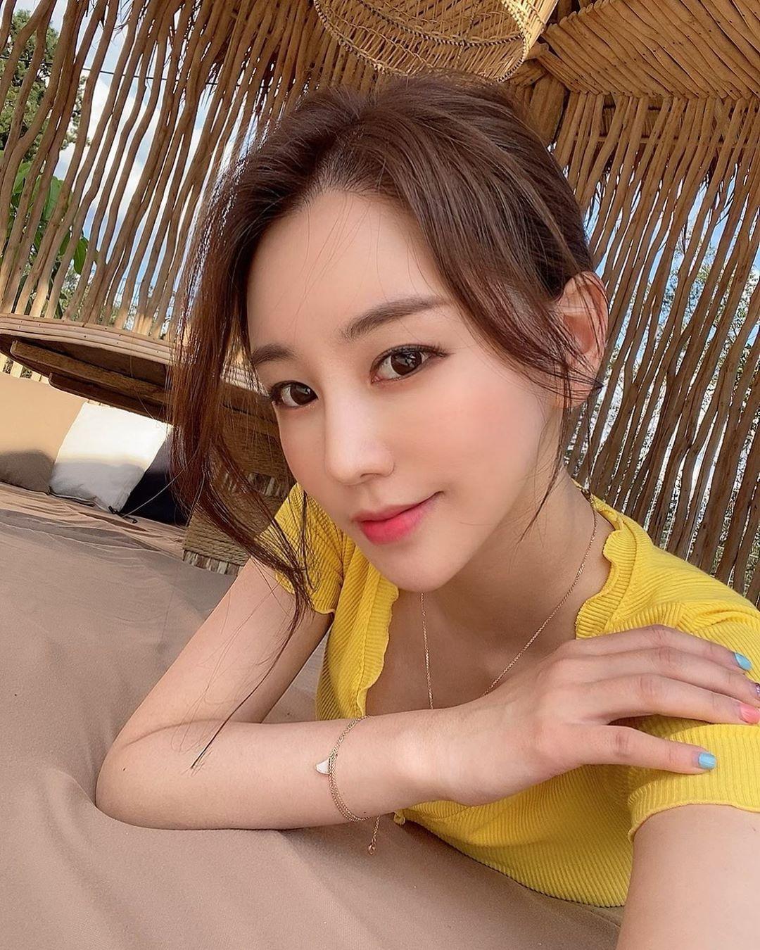 南韩前SBS体育美女主播黄宝美(황보미) 养眼图片 第2张