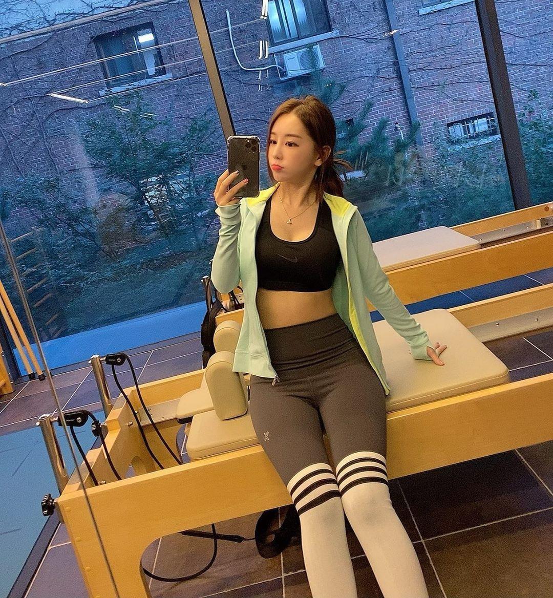 南韩前SBS体育美女主播黄宝美(황보미) 养眼图片 第3张
