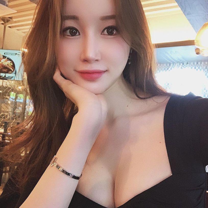 韩国美女卖家peachmood_hoyni性感曲线凹凸有致 养眼图片 第6张