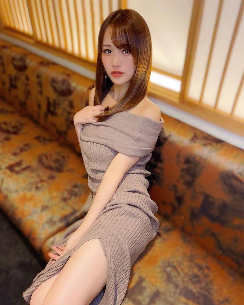 爱吃鼎泰丰的美腿樱花妹,白皙嫩腿让整间店都惊艳. 网络美女 第12张