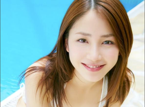 日本偶像《吉川友》演出取消每天在家数种子,被疯传后大喊:嫁不出去啦!