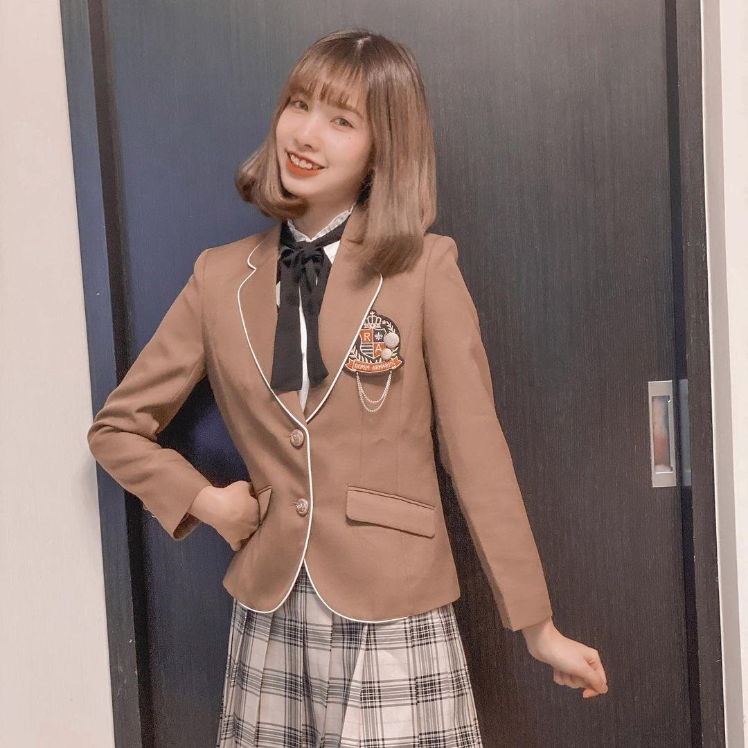 拍TikTok 爆红!16岁美少女郑语婕(Lala)会跳、会秀狂吸55 万粉丝!-新图包