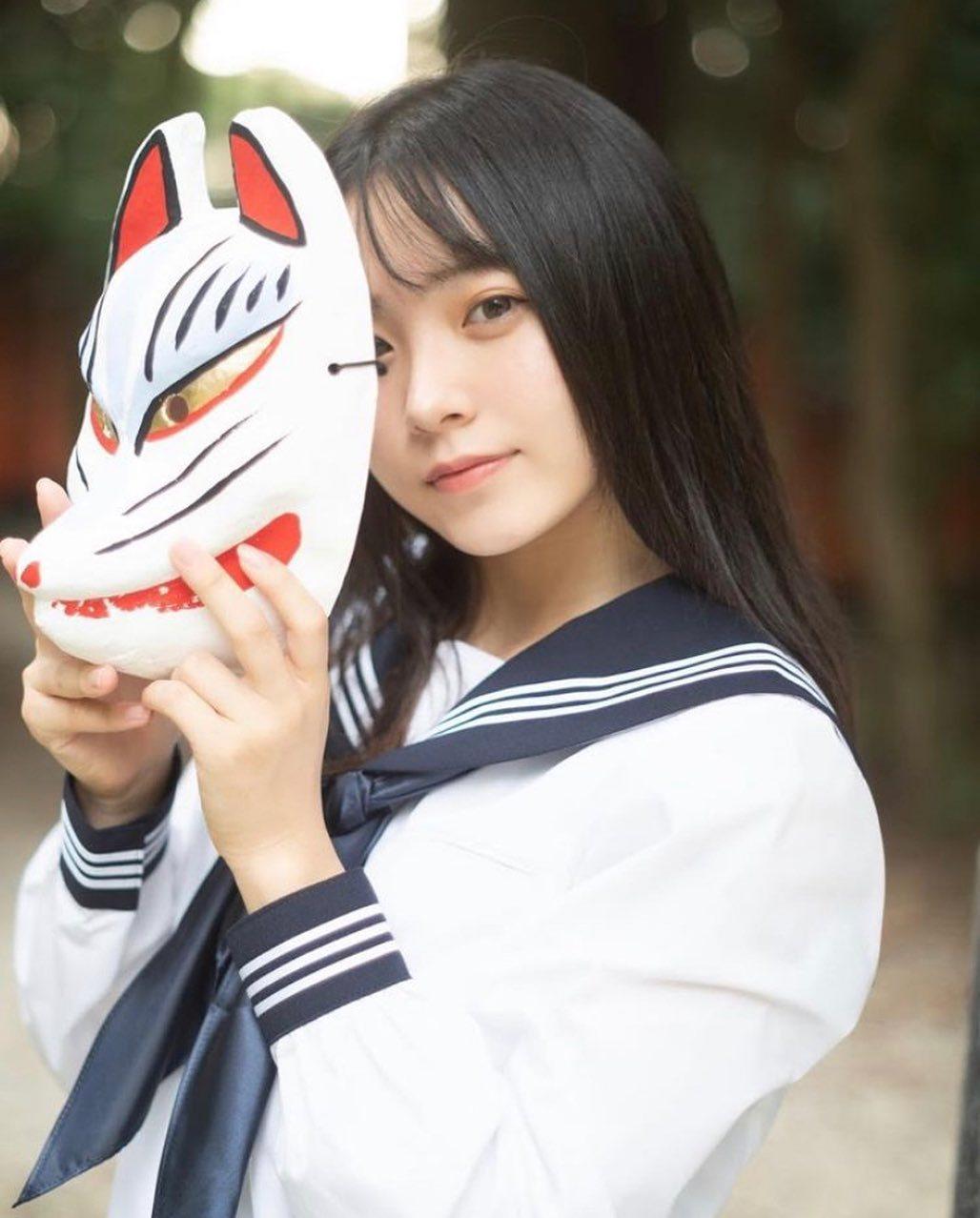 17岁仙女高中生瀬戸りつ绝美长相激似IU 全身散发空灵气质美到有点不真实 养眼图片 第20张