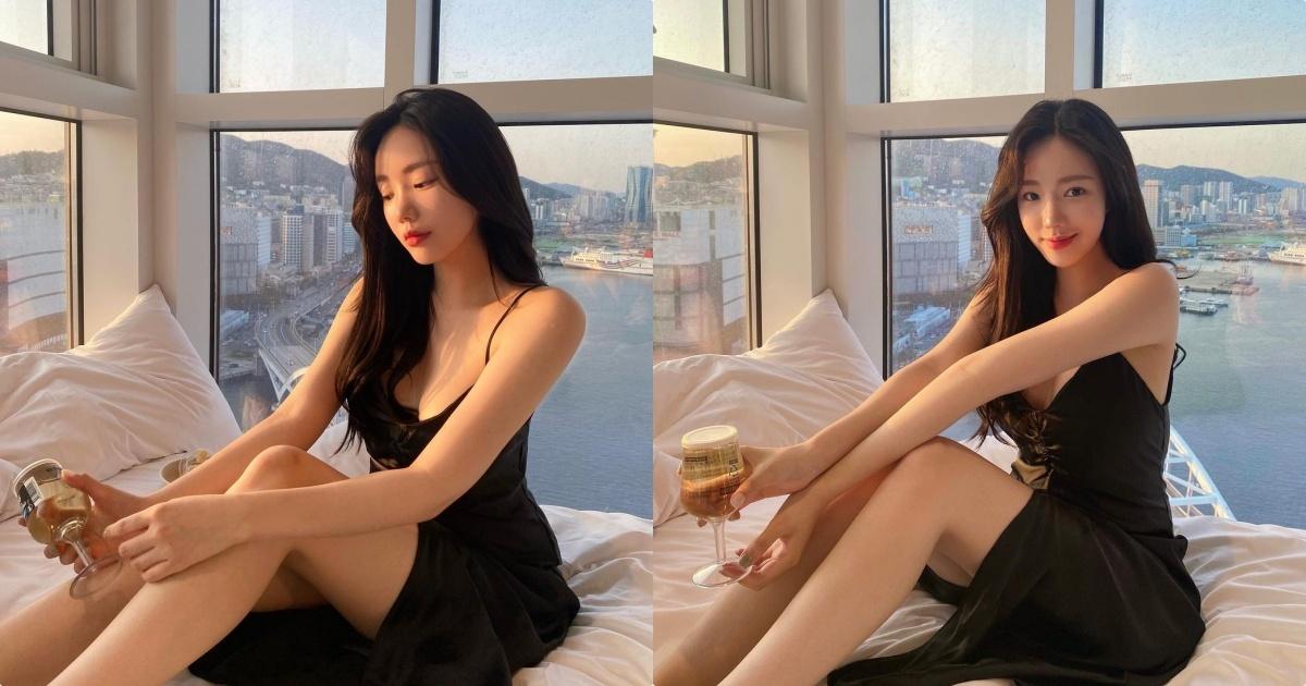 甜美小姐姐「度假海景照辣翻」,低胸洋装衬托「优质好曲线」!