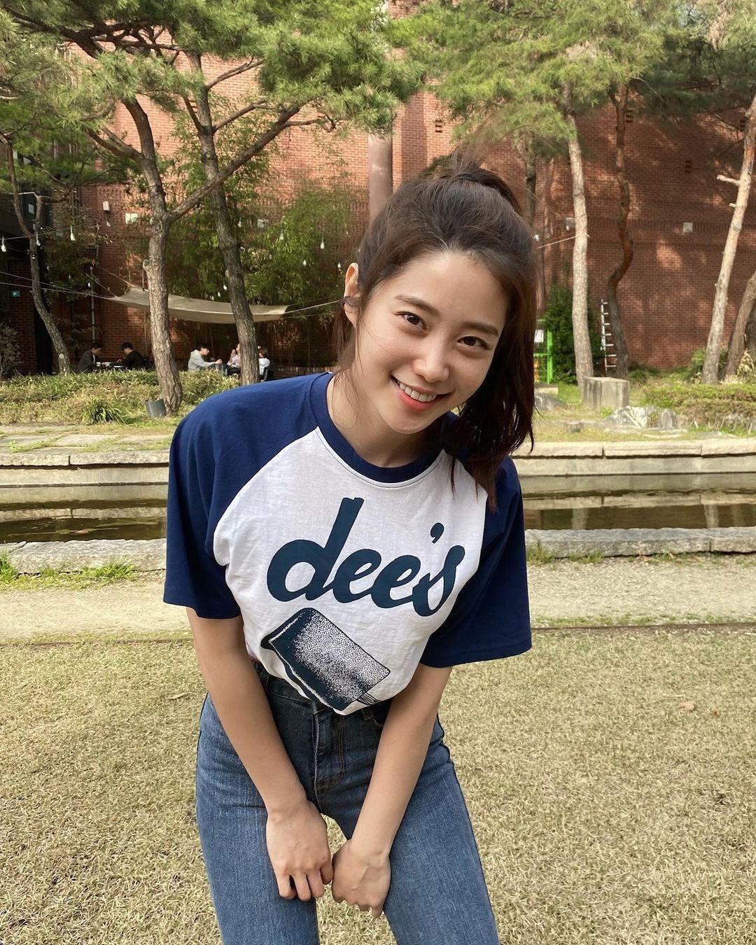 韩国甜甜小姐姐한나身材超会藏根本是神隐少女 宅猫猫 热图5