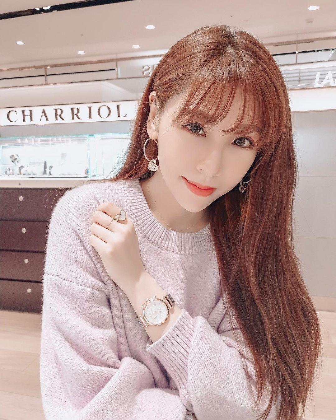 女大18变的高颜值女孩郭婕祈惊动网友….