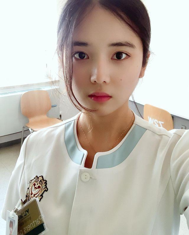 想被治疗!南韩清纯小护士《YuJu》插图(2)