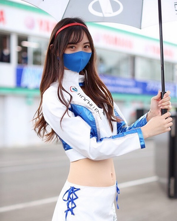 混血正妹《anonあのん》细腰搭好获选「赛车女郎第一」!-新图包