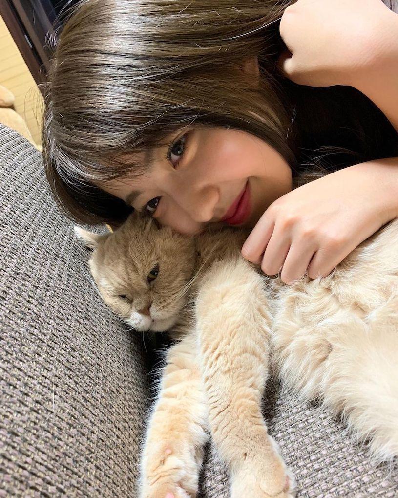 19岁可爱日本女孩上围很傲人,蓝色平口装美满诱人! 网络美女 第7张