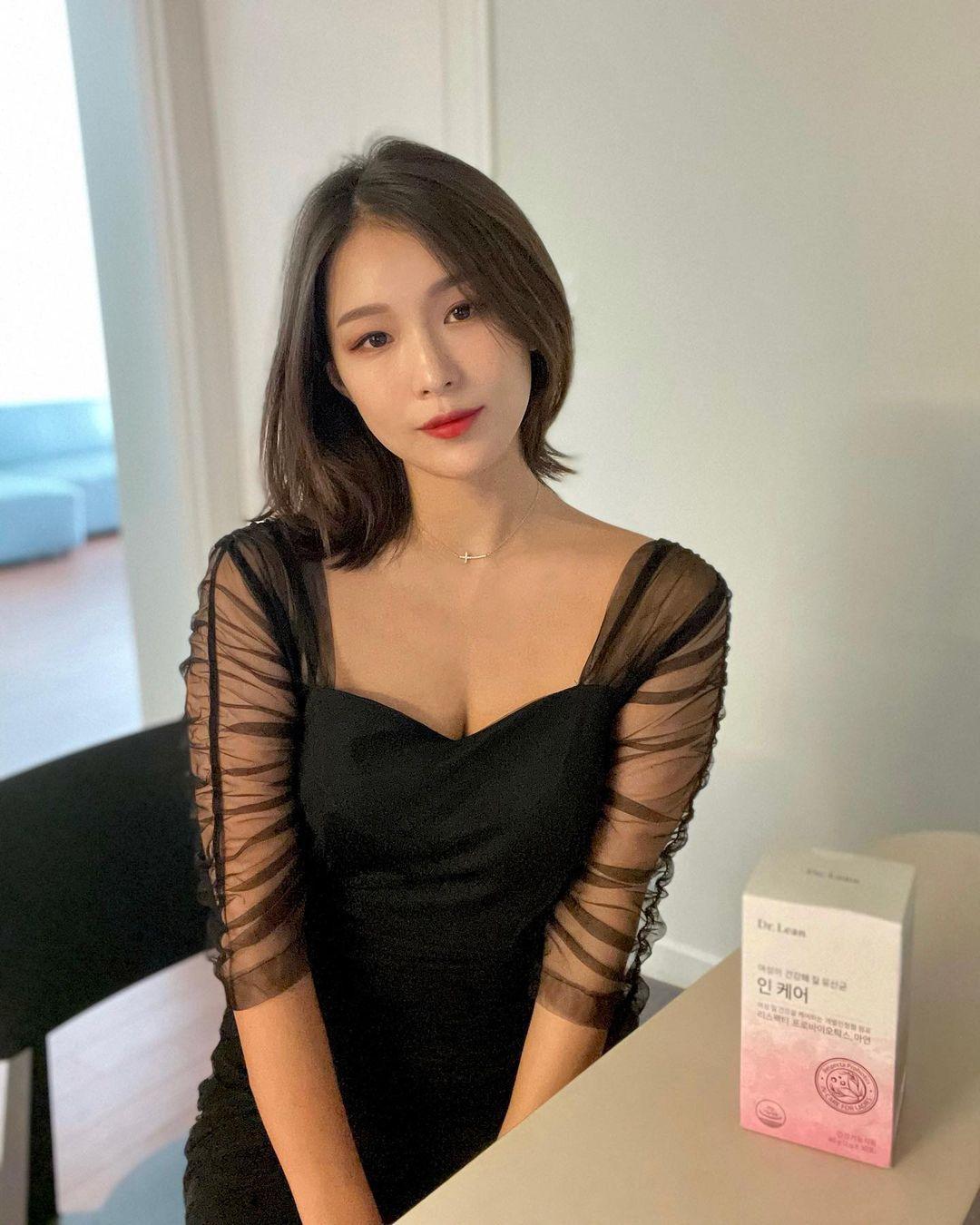 韩国高尔夫正妹Becky 狂吸 33 万粉丝好身材更让人心动 养眼图片 第11张