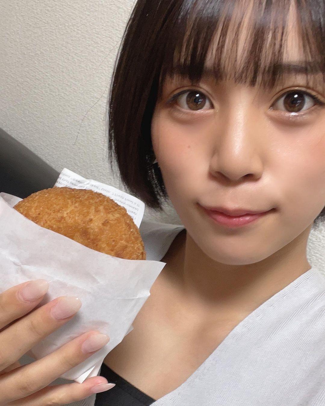 选美比赛冠军 短发高中妹山冈雅弥16岁青春 深邃卧蚕双眼彷佛随时在放电 网络美女 第10张