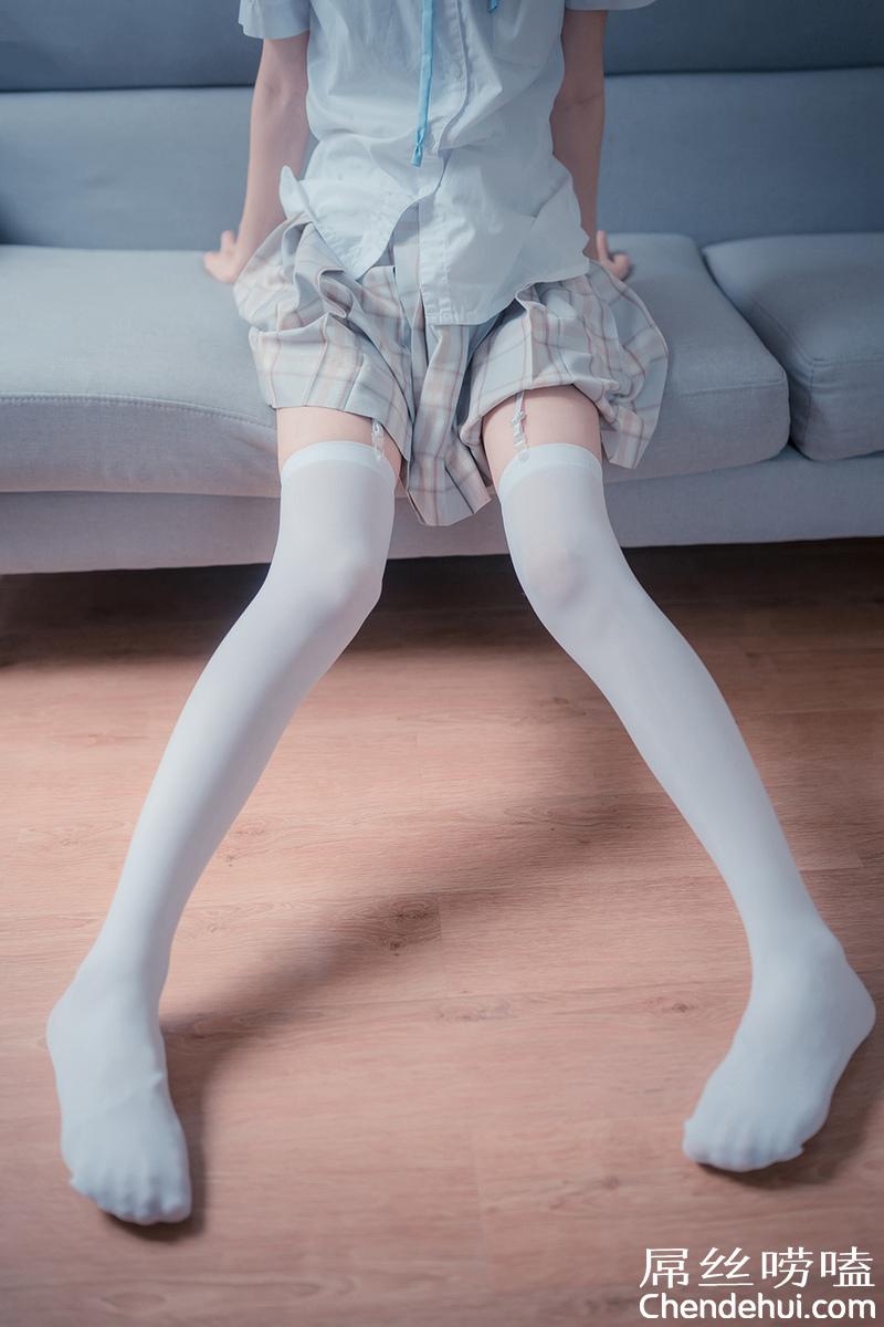 SOE-941 爱田由(爱田友)老公四年不办事的她只能这样