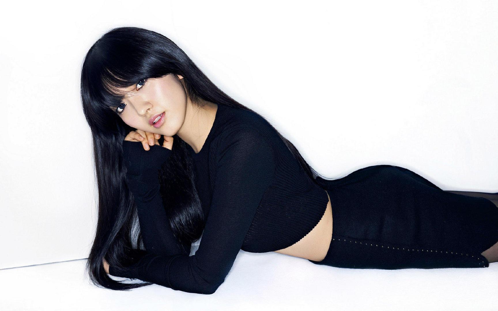 超人气韩国女团AOA娇嫩销魂私房照