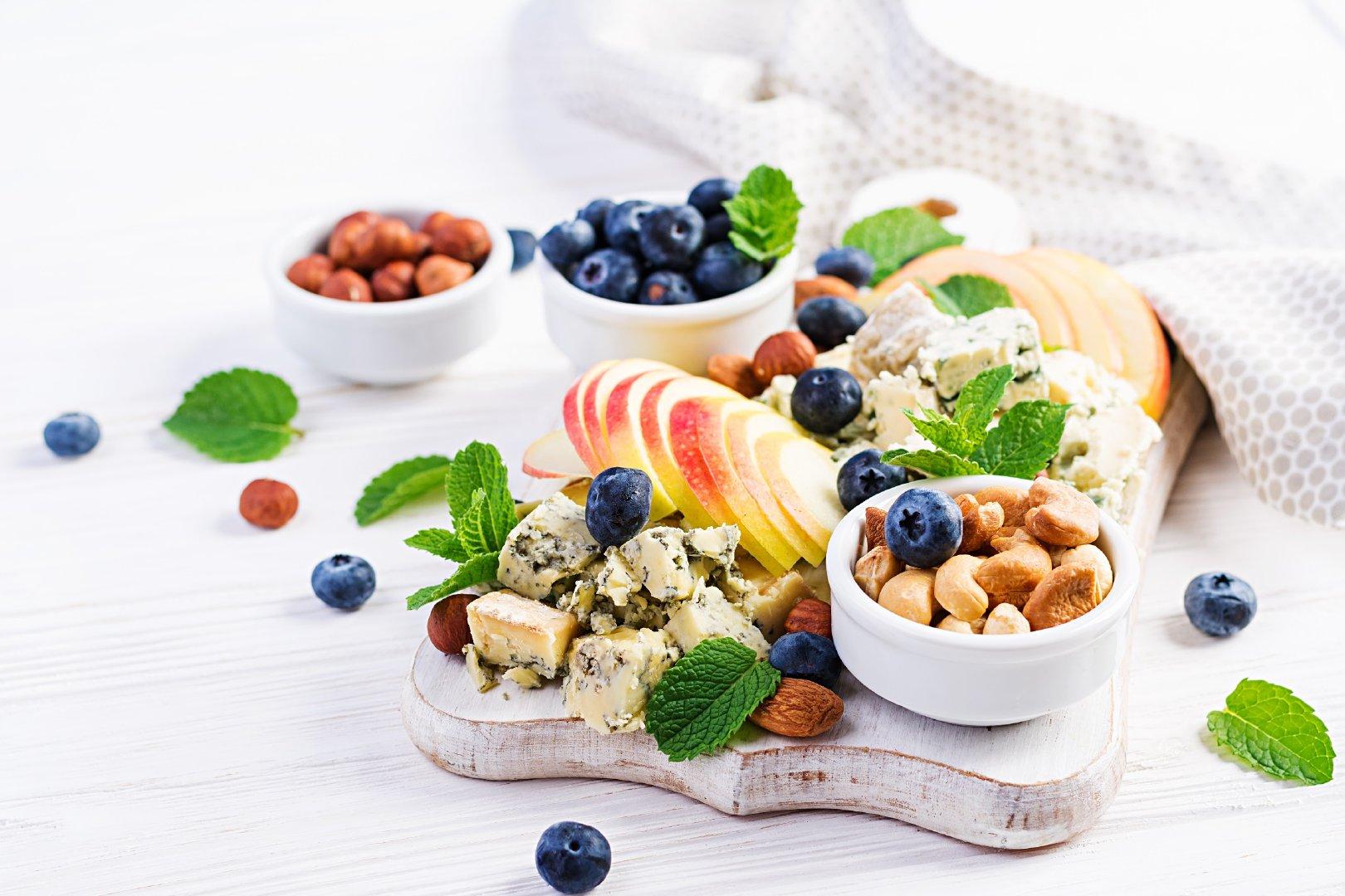 色彩缤纷的蓝莓甜点下午茶图片大全