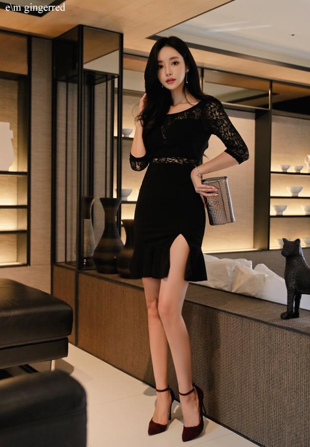黑色短裙 尽显优雅 第3张