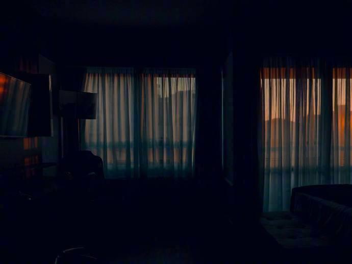 早安心语1203:生活里也要灯火可亲,有梦可做