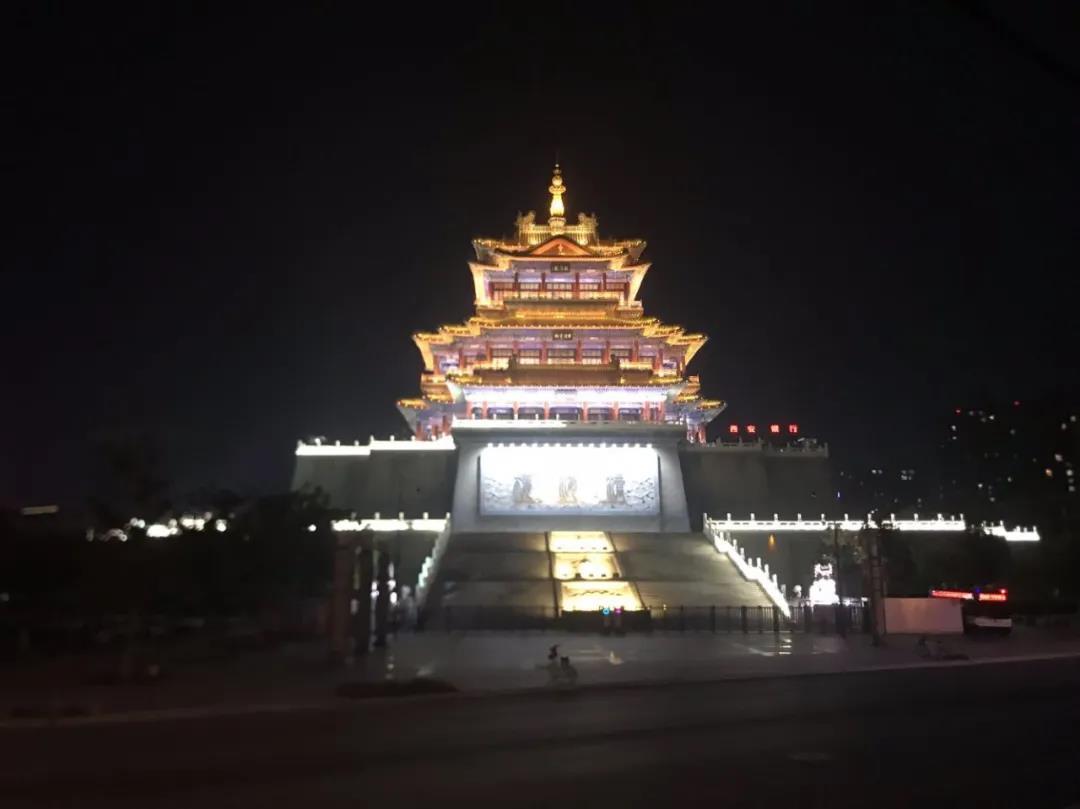 涨姿势《咸阳城东楼》的图片