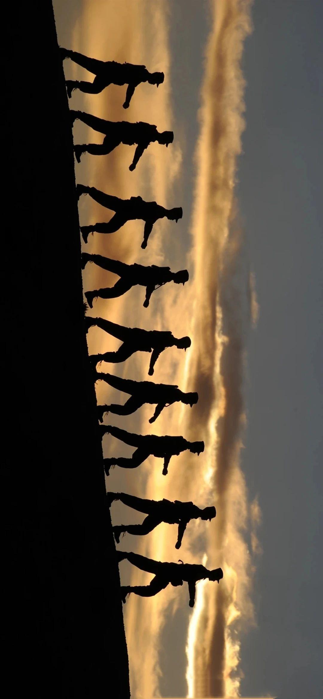5f4fac6029697 - 军人壁纸:哪有什么岁月静好,不过是有人替你负重前行