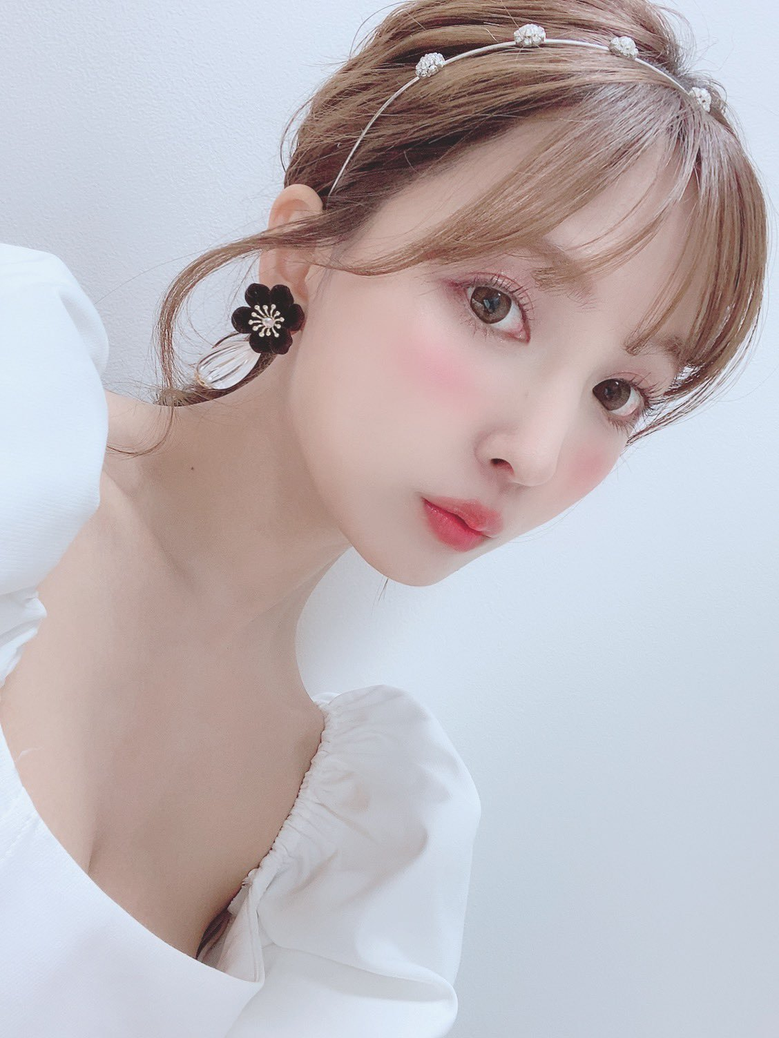 yua_mikami 1265276381396525057_p0