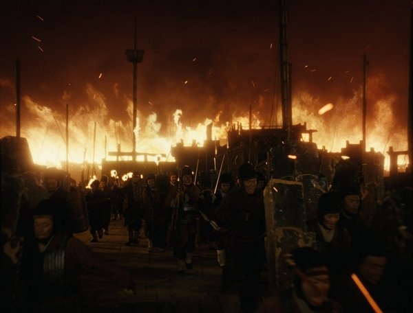 电影《赤壁:决战天下》可以追求孙刘联军和曹营大战的震撼和感动 (4)
