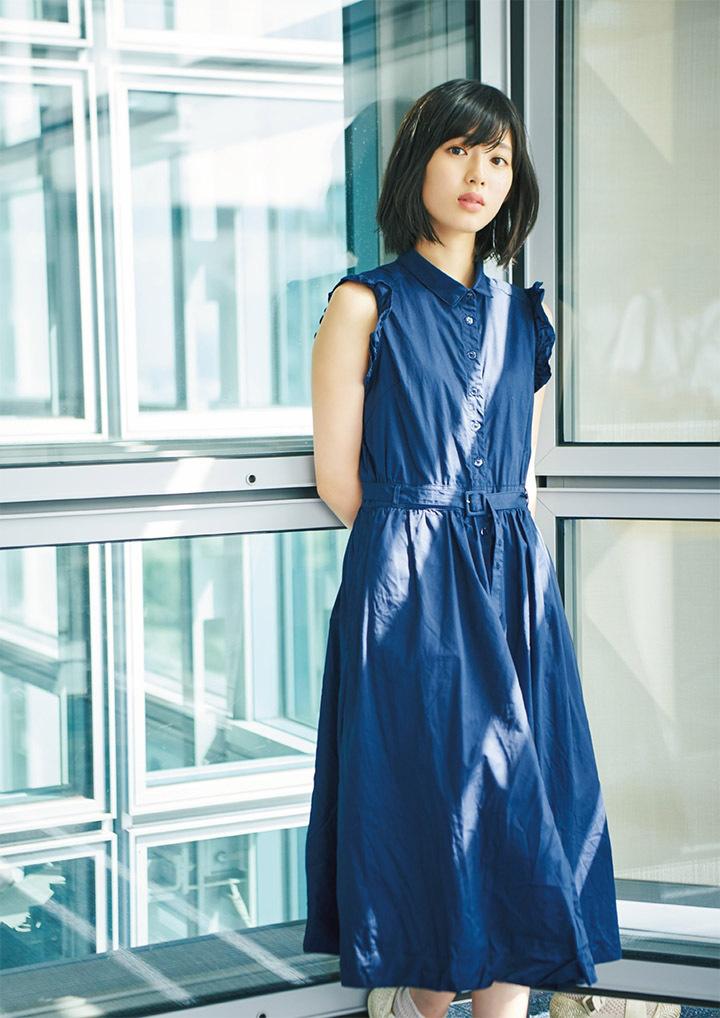 甜美怡人疗愈气息十足的纯爱系演员白石圣用自己强大的空灵气场来拍摄写真作品 (32)