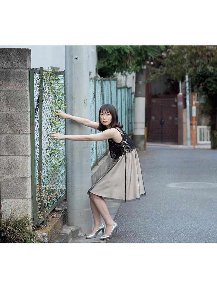 吉冈里帆再次出现在花花公子时尚杂志彰显自己性感可爱的写真作品 (8)