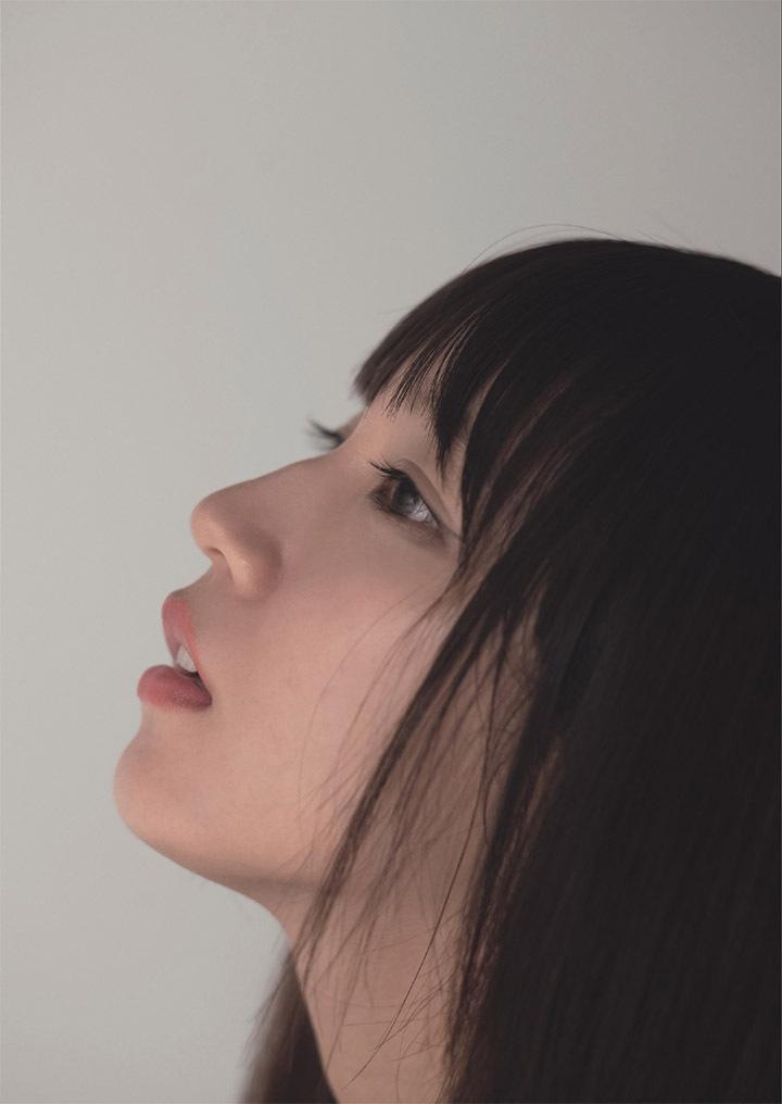 写真女优出身的吉冈里帆每次上映新电影都会拍摄写真作品堆人气 (43)