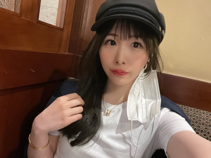 HMN-058专业内衣销售梦笑あすか(梦笑明日花)从小就喜欢收集可爱内衣 (11)