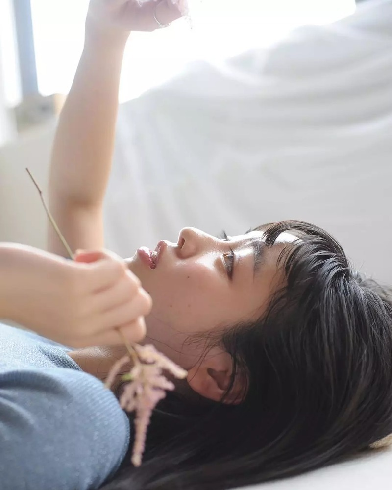 集甜美和性感于一身的横田真悠写真作品