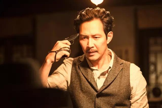韩国动作电影《暗杀》一睹忠于人性的神枪杀手风采 (2)
