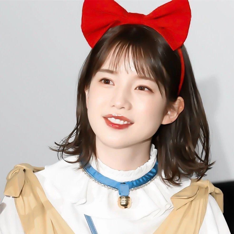永远一张娃娃脸的棉花糖女孩弘中绫香写真作品 (23)