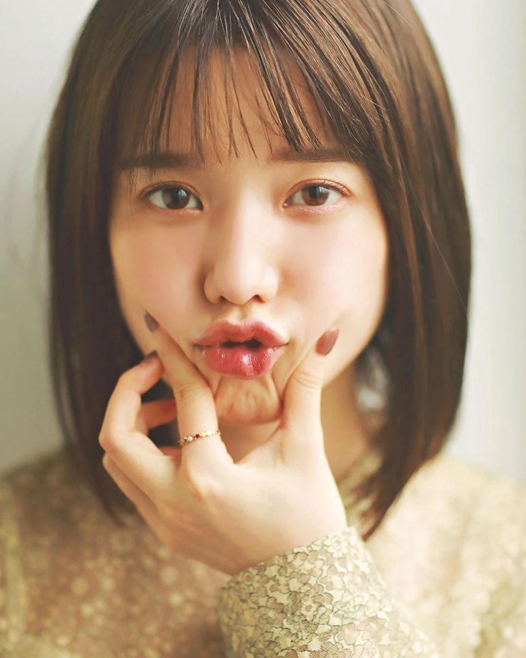 永远一张娃娃脸的棉花糖女孩弘中绫香写真作品 (32)