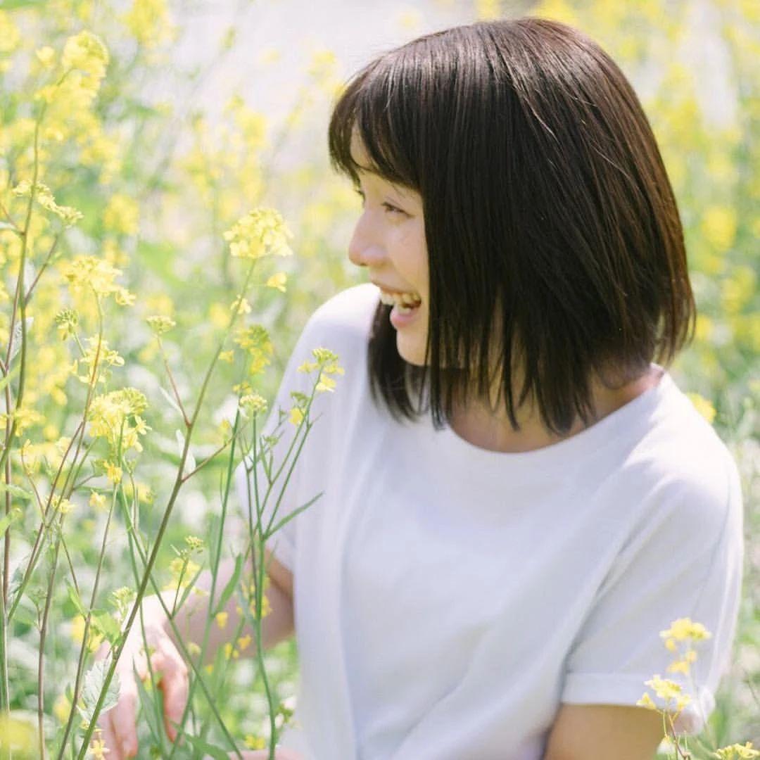 永远一张娃娃脸的棉花糖女孩弘中绫香写真作品 (57)