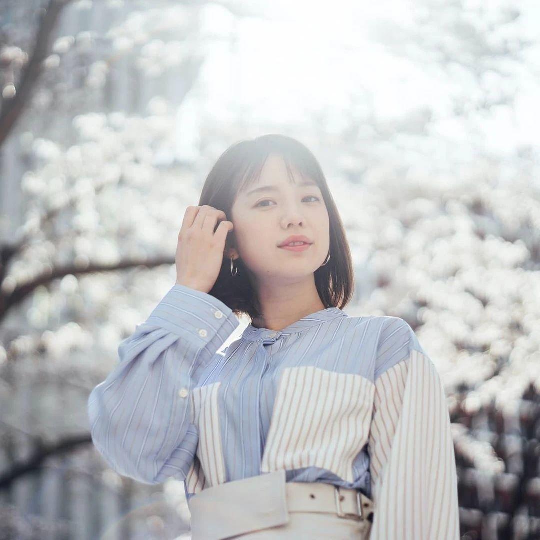 永远一张娃娃脸的棉花糖女孩弘中绫香写真作品 (72)