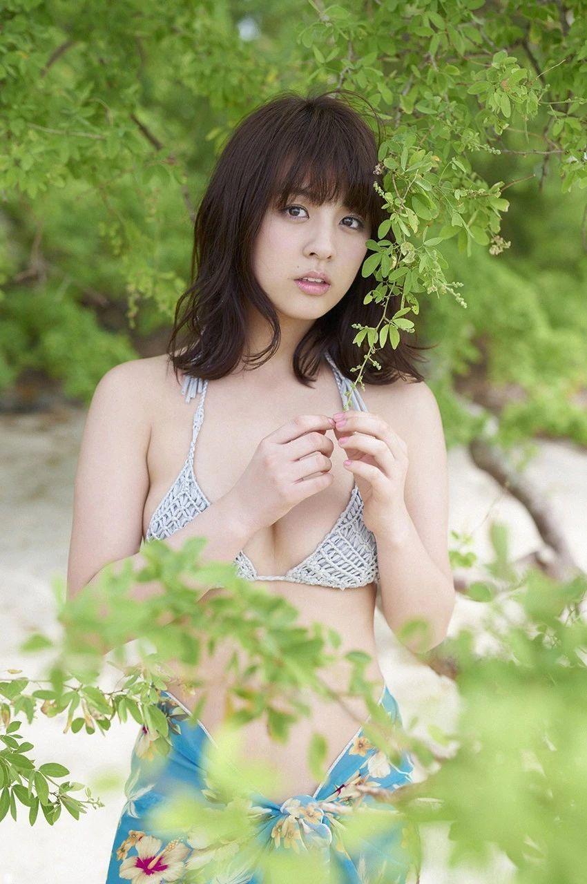 又欲又纯的封面女王柳百合菜写真作品 (16)