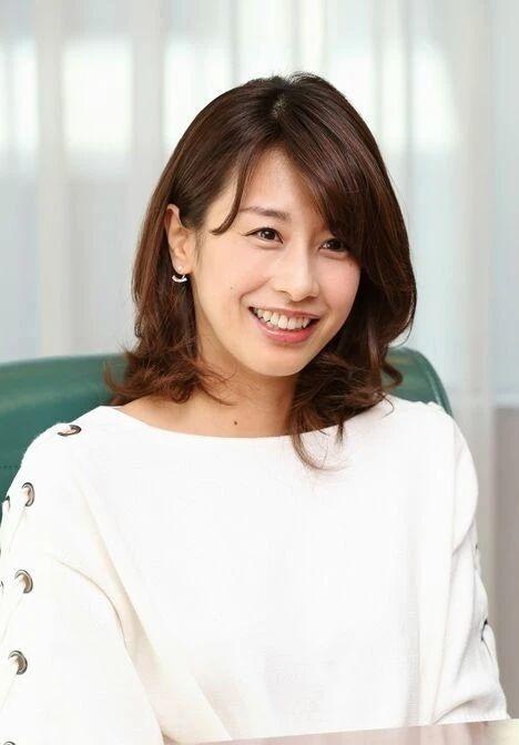 最受日本人喜欢的主持人加藤绫子也不出意外的和圈外人结婚了 (3)