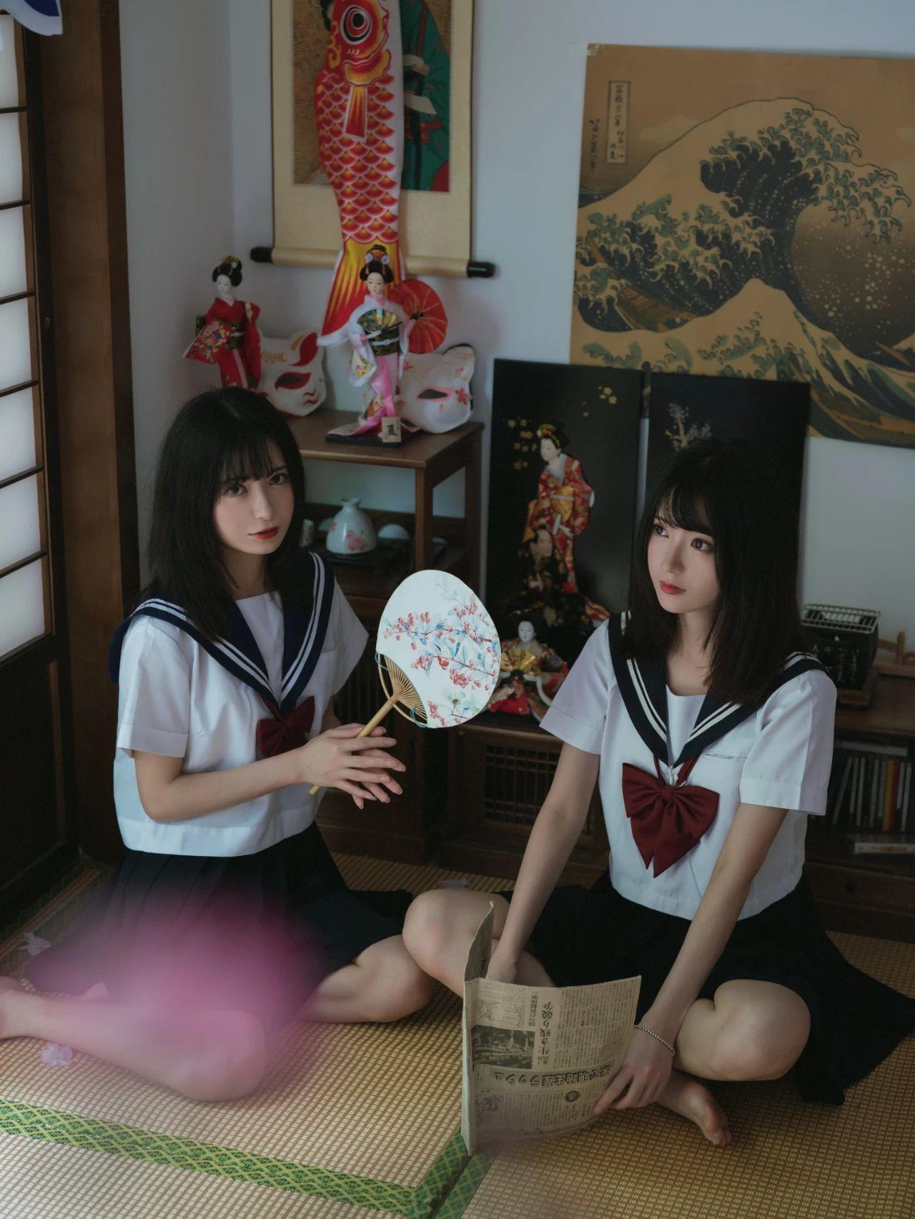 B站UP主果哝双子让你们享受双倍的美好双倍的快乐 (2)