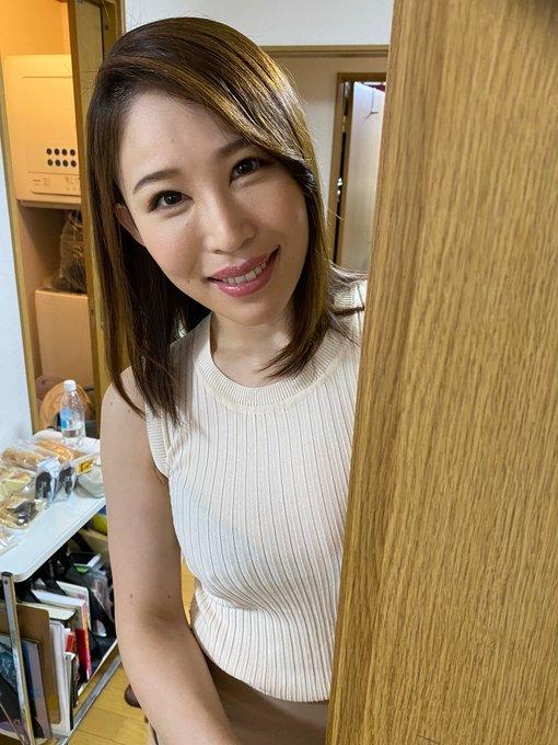 JUFE-304极度痴女凛音とうか(凛音桃花)强势回归现场教学实战射击 (3)