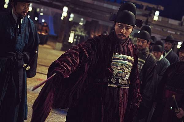 韩国电影《尸落之城》看不到人性与惊悚引不起观众共鸣 (4)