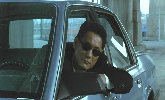 日本犯罪电影《大佬》讲述一个黑帮火拼猛龙过江已然是大佬的故事 (9)