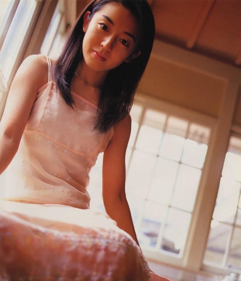 清纯玉女17岁情书中的酒井美纪写真作品 (78)