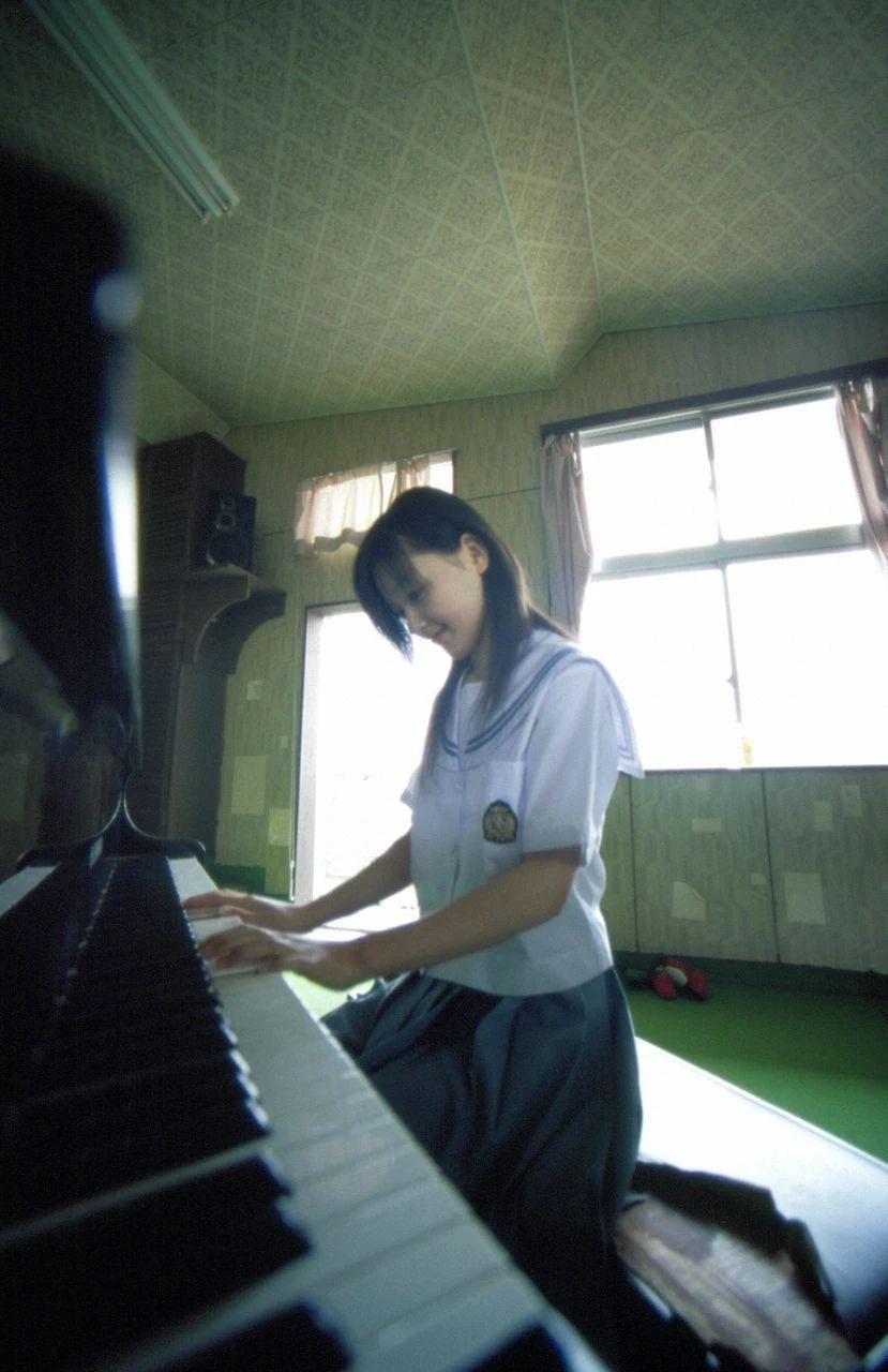 日本早安少女组中唯一奇迹女子久住小春写真作品 (3)
