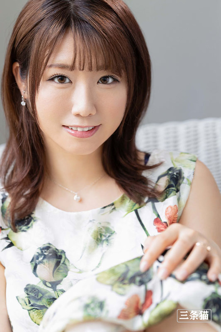 安美波(安みなみ,Yasu-Minami)个人图片,高手中的高手登场 雨后故事 第5张